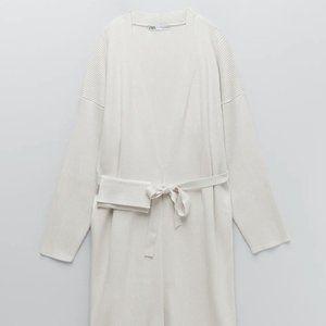 NWT Ecru Long Coat w/ Removable Pouch, L